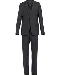 dunkelgrauer Anzug von Prada