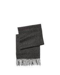 dunkelgrauer Schal mit Karomuster