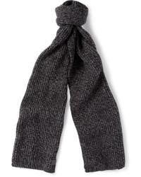 dunkelgrauer Schal von Gucci