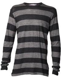 dunkelgraues horizontal gestreiftes Langarmshirt