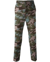 dunkelgrüne Camouflage Chinohose von Givenchy