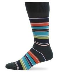 dunkelgrüne horizontal gestreifte Socken