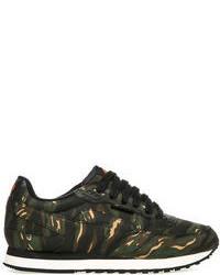 dunkelgrüne niedrige Sneakers