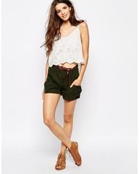 dunkelgrüne Shorts von Only