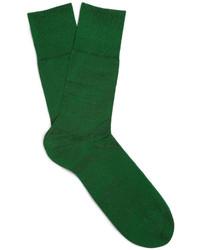 dunkelgrüne Socken von Falke