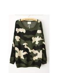 dunkelgrüner Camouflage Pullover mit einem Rundhalsausschnitt
