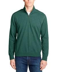 dunkelgrüner Pullover mit einem Reißverschluss am Kragen von Eddie Bauer
