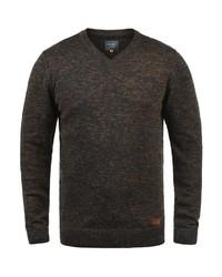 dunkelgrüner Pullover mit einem V-Ausschnitt von BLEND