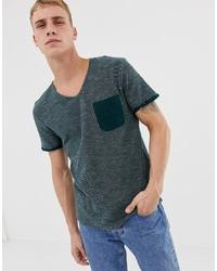 dunkelgrünes T-Shirt mit einem Rundhalsausschnitt von Tom Tailor