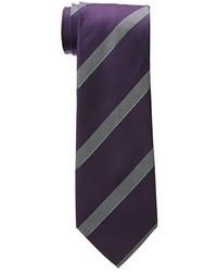 dunkellila vertikal gestreifte Krawatte