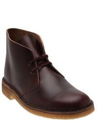 dunkelrote Chukka-Stiefel aus Leder von Clarks
