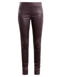 dunkelrote enge Hose aus Leder von Bruuns Bazaar