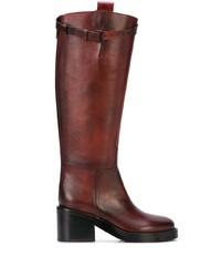 dunkelrote kniehohe Stiefel aus Leder von Ann Demeulemeester