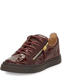 dunkelrote Leder niedrige Sneakers