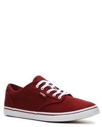 dunkelrote niedrige Sneakers