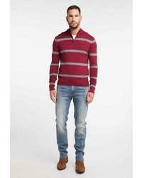dunkelroter Pullover mit einem Reißverschluss am Kragen von Dreimaster