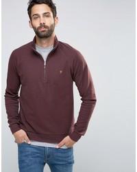 dunkelroter Pullover mit einem Reißverschluss am Kragen von Farah