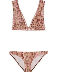 dunkelrotes Bikinioberteil mit Paisley-Muster von Zimmermann
