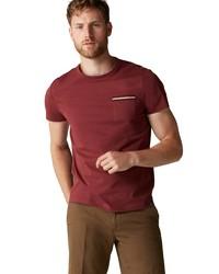 dunkelrotes T-Shirt mit einem Rundhalsausschnitt von Marc O'Polo