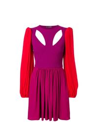 fuchsia ausgestelltes Kleid von Alexander McQueen