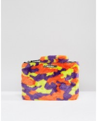 gelbe Camouflage Clutch von House of Holland