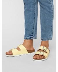 gelbe flache Sandalen aus Leder von Vero Moda