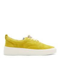 gelbe Wildleder niedrige Sneakers von Fear Of God