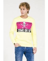 gelber bedruckter Pullover mit einem Rundhalsausschnitt von PLUS EIGHTEEN