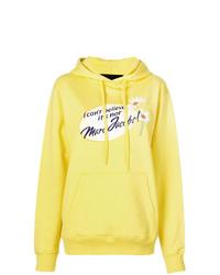 gelber bedruckter Pullover mit einer Kapuze von Marc Jacobs
