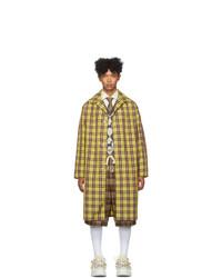 gelber Mantel mit Karomuster von Gucci