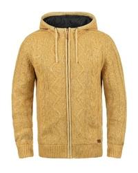 gelber Pullover mit einem Kapuze von BLEND