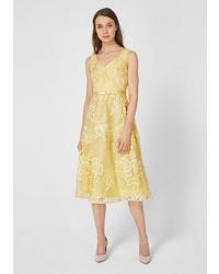 gelbes ausgestelltes Kleid aus Spitze von s.Oliver BLACK LABEL