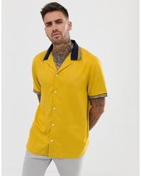 gelbes bedrucktes Kurzarmhemd von ASOS DESIGN