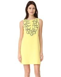 gelbes besticktes gerade geschnittenes Kleid von Moschino