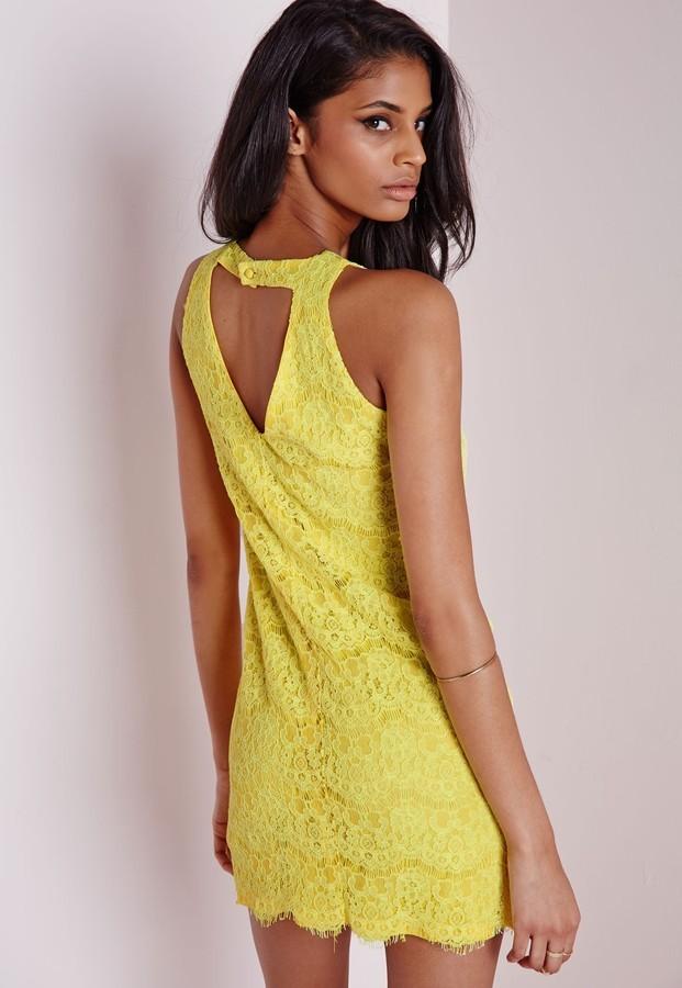 Gelbes kleid spitze