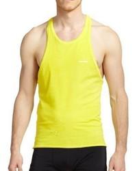 gelbes Trägershirt