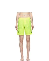 gelbgrüne bedruckte Badeshorts von Off-White