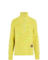 gelbgrüner Pullover mit einem Reißverschluss am Kragen von Burberry