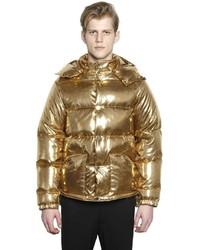 Goldene Daunenjacke kombinieren (7 Outfits für Herren trends