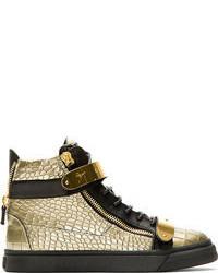 goldene hohe Sneakers