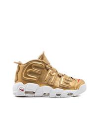 goldene hohe Sneakers von Nike