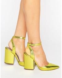 goldene Schuhe von Asos