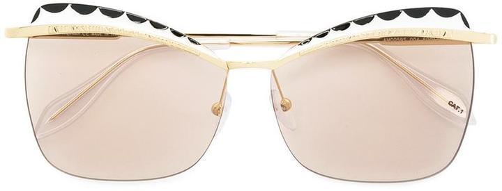 goldene Sonnenbrille von Alexander McQueen