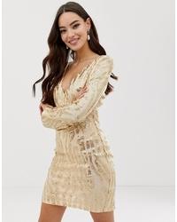 goldenes figurbetontes Kleid aus Pailletten von AX Paris
