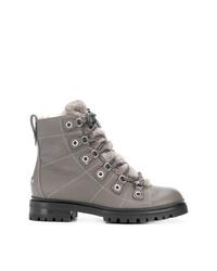 graue flache Stiefel mit einer Schnürung aus Leder von Jimmy Choo