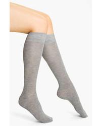 graue hohe Socken