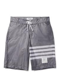 graue horizontal gestreifte Shorts