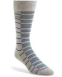 graue horizontal gestreifte Socken
