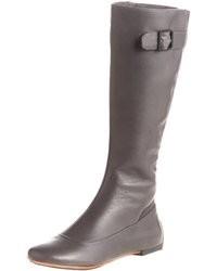 graue kniehohe Stiefel aus Leder