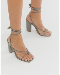 graue Leder Sandaletten von Public Desire